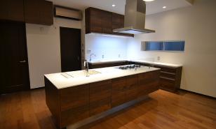 アイランドキッチンへリフォーム:福岡・北九州のハウスメーカー株式会社イコーハウス