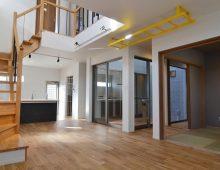 階段吹抜・和室・中庭・キッチンのレイアウト:福岡・北九州のハウスメーカー株式会社イコーハウス