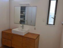 窓2枚の明るい洗面脱衣室:福岡・北九州のハウスメーカー株式会社イコーハウス