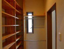 ウォークインシューズクローク:福岡・北九州のハウスメーカー株式会社イコーハウス