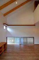 リビング・勾配天井の吹抜け:福岡・北九州のハウスメーカー株式会社イコーハウス