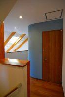 2階階段ホール・吹抜:福岡・北九州のハウスメーカー株式会社イコーハウス